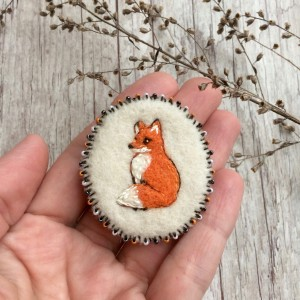 Felted pin Fox