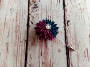Teal Purple Chrysanthemum Flower Pin, Scarf Pin, Hat Pin, Lapel Pin Men, Wedding Boutonniere, Kanzashi Flower, Gift for Her/ Him