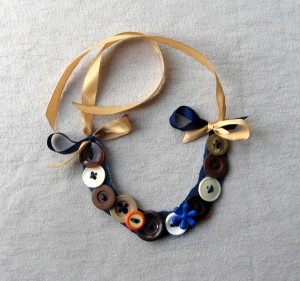 Button necklace multicolored Colorful buttons Spotty buttons necklace Fun jewelry