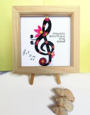Music soothes the soul quilled wall art