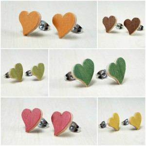 Valentines day gift. Wood heart earrings.