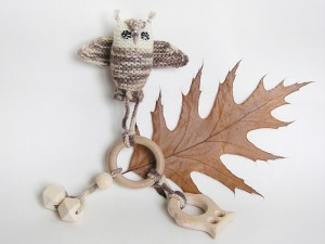 Wooden Owl Teething Ring with Knitted Owl toy