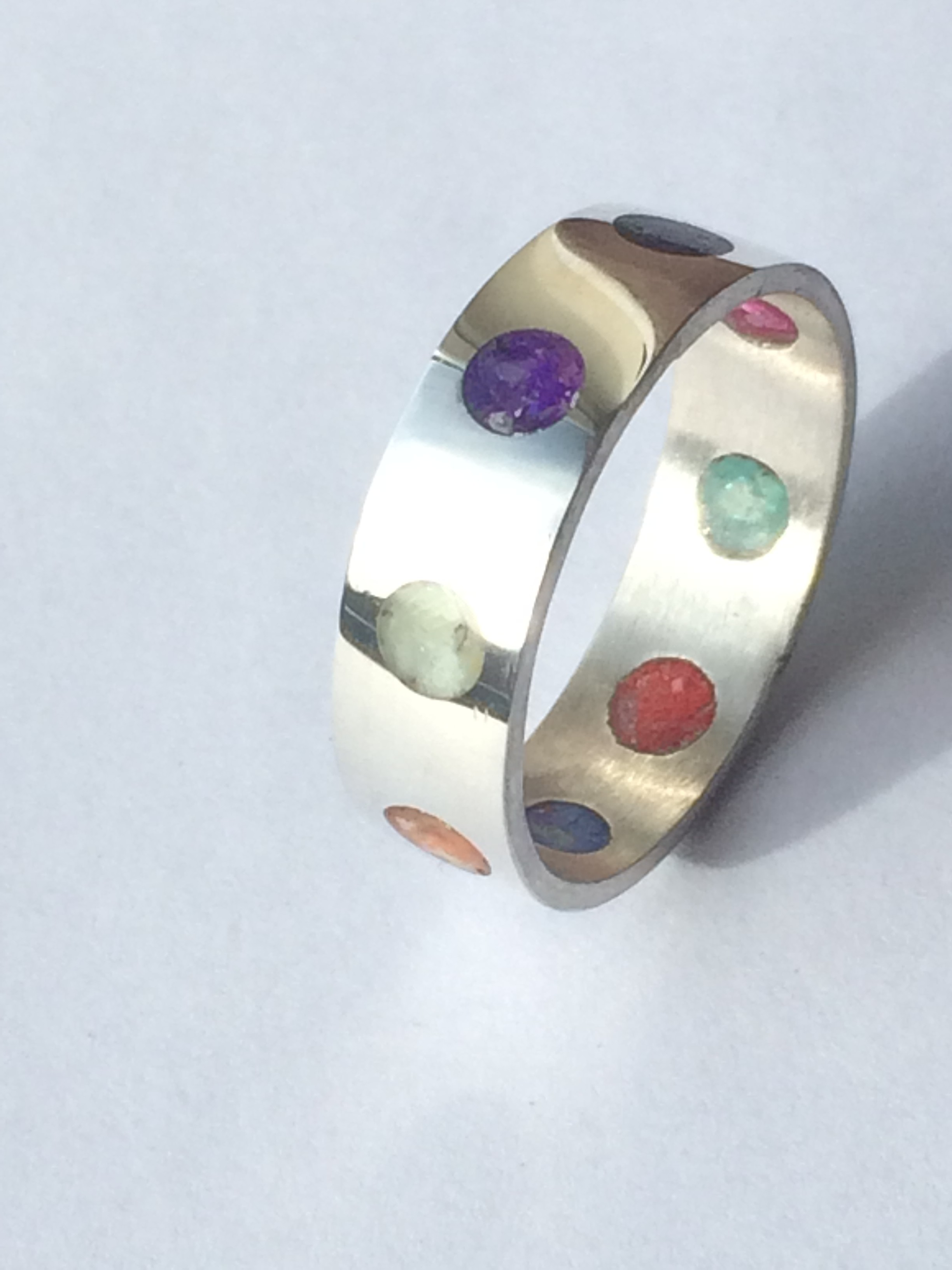 Stunning Unusual Rainbow Crushed Shell Inlay Dots Ring