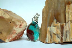 Natural crystal jewelry, blue stone gem silica pendant
