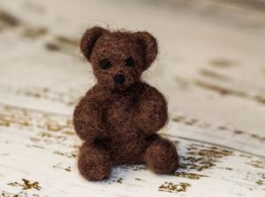 Brown bear miniature, small teddy toy, wool toy, baby shower gift, teddy collectors, needle felted bear